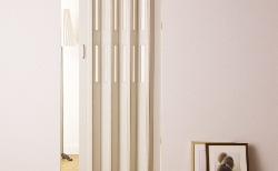 デザイン性+エコで重宝!パネルドア「クレア」をDIY